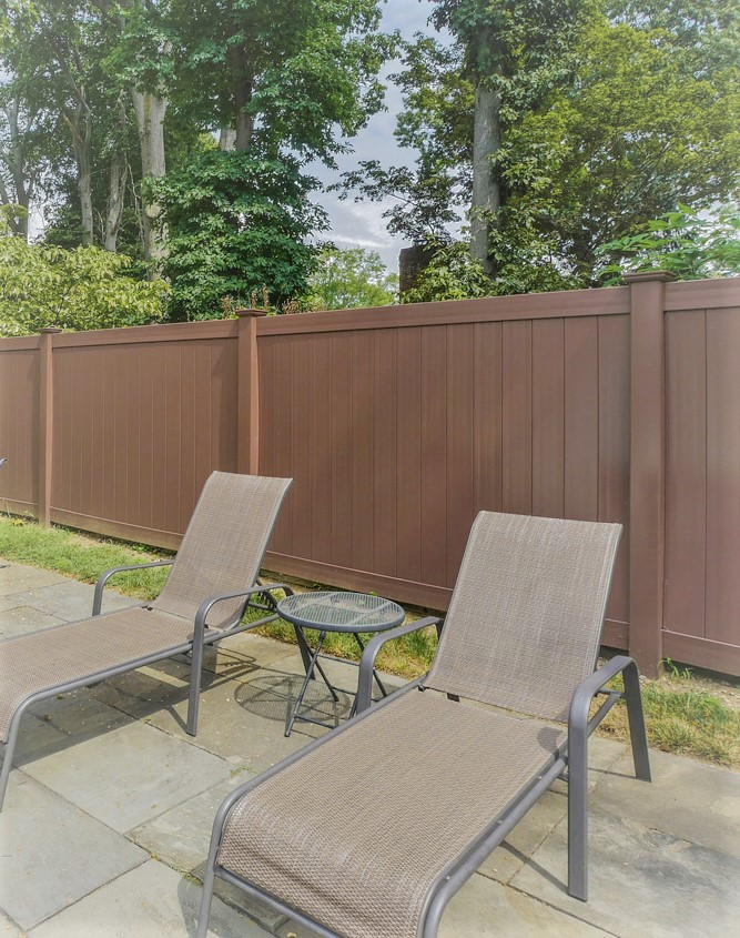 Brown-PVC-Vinyl-Privacy-Pool-Fence_0034